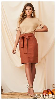 Curvy Outfits, Trendy Outfits, Casual Dresses, Fashion Dresses, Look Office, Couture Fashion, Fashion Fashion, Feminine Style, Skirt Outfits