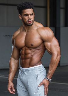 Bodybuilding and Fitness Muscle Boy, Muscle Hunks, Muscle Bodybuilder, Hot Black Guys, Black Men, Dark Man, Fitness Park, Fit Girl, Bodybuilding Workouts