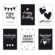 Set verjaardagskaarten Happy Font, Todays Birthday, Calligraphy Doodles, Diy Calendar, Diy Letters, Easy Drawings, Gift Tags, Something To Do, Birthday Cards