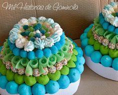#tarta de #chuches para #comuniones #azules #verdes #moras #nubes #marsmallow