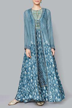 Jacket Ladies Jackets - Buy Maanvita Jacket for Women Online - Blue - Anita Dongre Pakistani Dress Design, Pakistani Dresses, Indian Dresses, Indian Wedding Outfits, Indian Outfits, Kurta Designs Women, Blouse Designs, Indian Designer Outfits, Designer Dresses
