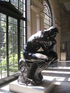 Rodin de espaldas al sol.