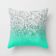 turquoise bedroom for teens (Turquoise Room Decorations) Bedroom deco. turquoise bedroom for teens (Turquoise Room Decorations) Bedroom decor ideas – Tags: t Turquoise Pillows, Bedroom Turquoise, Tiffany Blue Bedroom, My New Room, My Room, Cute Pillows, Throw Pillows, Berlin Design, Decoration Bedroom