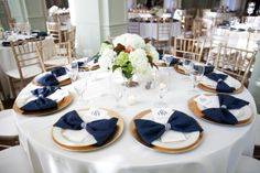 Bow napkin place setting at wedding Wedding Table Linens, Wedding Plates, Retro Wedding Theme, Formal Wedding, Wedding Decor, Pink Wedding Receptions, Blue Table Settings, Reception Table Decorations, Wedding Place Settings
