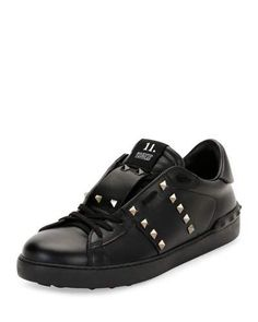 VALENTINO ROCKSTUD UNTITLED MEN'S LEATHER LOW-TOP SNEAKER, BLACK. #valentino #shoes #