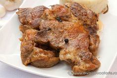 CEAFA DE PORC LA CUPTOR | Diva in bucatarie Romanian Food, Tasty, Yummy Food, Meat, Cooking, Kitchen, Christmas, Pork, Food