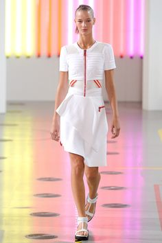 See the Preen by Thornton Bregazzi Spring 2015 collection on Vogue.com.