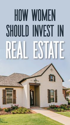 How to invest in real estate as a woman. These are the best tips for women wanting to invest in rental properties. The top tips for investing in real estate. Real Estate Investing Books, Real Estate Investor, Free Courses, Rental Property, Property Management, Being A Landlord, Investors, Preserve, Articles