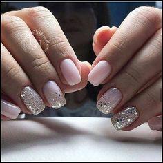 Nageldesign - Nail Art - Nagellack - Nail Polish - Nailart - Nails Nägel How to Make Hair Bows Artic Hair And Nails, My Nails, Pale Pink Nails, Pink Sparkle Nails, Pink Sparkles, Glitter Accent Nails, Chunky Glitter Nails, White Glitter, Glitter Art