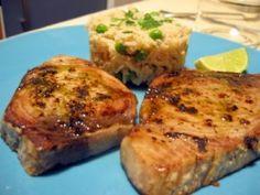 Receta de lomo de atún asado con vinagreta de cítricos y aroma de albahaca