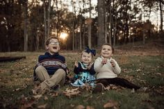 lifestyle-family-photographer-in-home-children-cassie-cook-photography-family-photographer-memphis