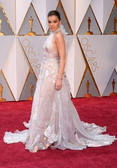 Hailee Steinfeld in Ralph & Russo Couture at 2017 Academy Awards in Hollywood