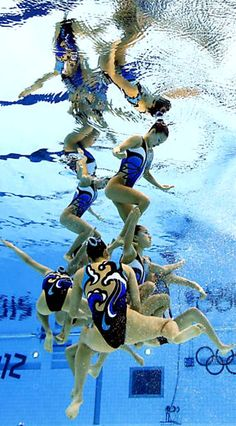 RP by http://shower.splashtablet.com Protect your iPad, Stick it Anywhere . Worthy of purchase. synchronized swimming