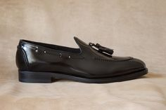 #criscishoes tassel loafers with leather sole  #crisci #shoes #footwear #shoemaker #menshoes #handmadeshoes #sprezzatura