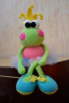 Crochet Pattern the princess frog