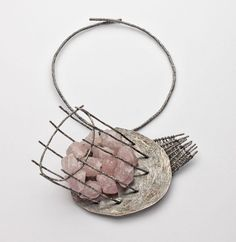 Iris Bodemer_ Neckpiece 2012  silver, rose quartz, binding wire