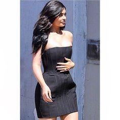 #KylieJenner spotted in Venice wearing a #BALMAINPF16 mini dress