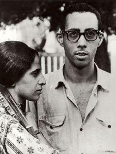 Maria Bethania e Jards Macalé em 1965. Veja também: http://semioticas1.blogspot.com.br/2012/03/betha-betha-bethania.html