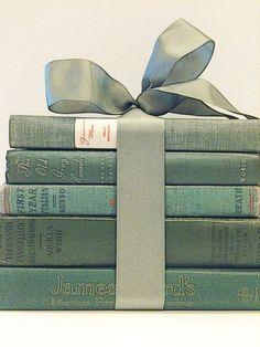 Pantone 2014 Sage Green Books Centerpiece by beachbabyblues, $58.00 via Etsy