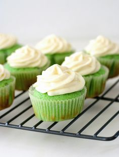 Red Shallot Kitchen: Key Lime Cupcakes