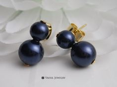 Double Pearl Earrings in Night Blue, Snowman Earrings, Personalized Earrings, Sterling Silver Post, Quality Pearls by YaesilJewelry on Etsy Double Pearl Earrings, Snowman, Pearls, Sterling Silver, Night, Trending Outfits, Unique Jewelry, Handmade Gifts, Blue