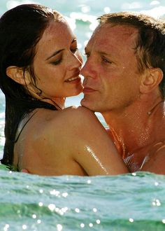 La sculpturale Eva Green et Daniel Craig - James Bond : Casino Royale Daniel Craig, Craig James, Casino Royale, Eva Green, James Bond Girls, James Bond Movies, Rachel Weisz, Craig Bond, Film Trailer