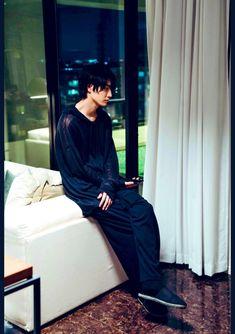 Japanese Drama, Japanese Boy, Asian Celebrities, Asian Actors, Coffee And Vanilla Manga, Kdrama, Good Morning Call, Family Holiday Destinations, Asian Men