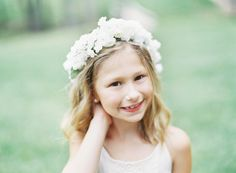 flower girl crown | Alicia Swedenborg #wedding