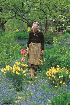 Tasha Tudor in the garden