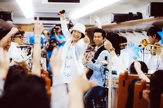 吉田美和「ねえ、ありえなくない?」…ドリカム、九州新幹線の車内で熱唱サプライズ | レスポンス(Response.jp)
