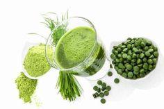 Per potenziare succhi e frullati si possono usare degli ingredienti speciali per renderli più vitaminici e proteici. Ecco i 9 super alimenti più preziosi!