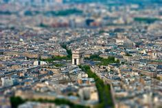 tilt-shift arc de triomphe, #paris #photography  Arco del Triunfo #fotografia