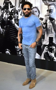 Lenny Kravitz from The Big Picture: Today's Hot Pics  Singer stepped out following his epic wardrobe malfunction last week.