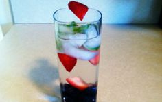 Low-Cal Cocktail: Fruit Infused Moscato