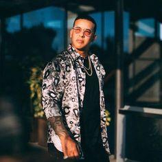 Daddy Yankee, Zapatillas Jordan Retro, Puerto Rican Singers, Latin Artists, Latino Men, The Big Boss, Puerto Ricans, American Singers, Record Producer