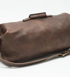 Leather-duffle-bag-go-forth-1447026366