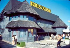 haunted mansion in long branch nj- sad to say it burned down-this place scared the life outta me as an 11 year old but i still have fond memories of it since it was a family outing. Jersey Girl, New Jersey, Best Memories, Childhood Memories, Long Branch Beach, Haunted Attractions, Family Outing, Haunted Mansion, Beach Day