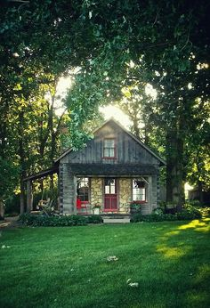 Great Cabin Cottages | Content in a Cottage