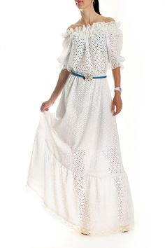Платье Dolce&Gabbana. Белое платье в пол с вышивкой. Длинное белое платье на резинке от Дольче Габбана - однозначный тренд лета 2014. Эта модель платьев пол имеет мягкую резинку, что позволяет приспустить рукав и открыть красивую линию плеч и шеи. Модное платье Дольче Габбана выполнена из натурального выбитого хлопка и батиста и имеет кружевную отделку. Купить длинное платье белого цвета Dolce&Gabbana в интерет магазине брендовой одежды в Киеве  www.fstyle-shop.com.ua