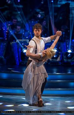 Jay e @AlionaVilani no Strictly Come Dancing. (12 dez.)