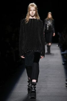 LOOK | 2015-16 FW NY COLLECTION | ALEXANDER WANG | COLLECTION | WWD JAPAN.COM