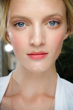 Wedding day skin in 30 minutes. Go Runway. http://www.vogue.com.au/brides/beauty/wedding+day+skin+in+30+minutes,13733