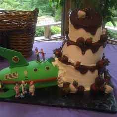 Futurama Cake- by The Blue Cake Company, Weddings, Cakes, 14710 Cantrell Rd, Ste A-11 Little Rock AR 72223