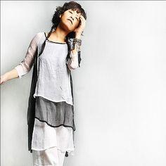 love the shirt, the model and the styling and idea2lifestyle Silk Tunic, Silk Dress, Silk Chiffon, Dress Me Up, Autumn Fashion, Dark Fashion, Textiles, Designer, Fashion Models