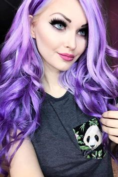 21 Pastel Purple Hair Color Trend A pastel purple hair color has become quite popular nowadays. Try this color and show off your unique personality with the help of our ideas. Pastel Purple Hair, Hair Color Purple, Hair Dye Colors, Colorful Hair, Lilac Hair, Purple Lilac, Arctic Fox Hair Color, Artic Fox Hair, Look Rose