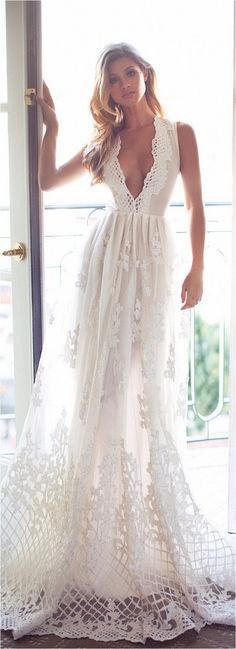 Sexy Deep V Neck White Chiffon Beach Elegant Bridal Wedding Dresses