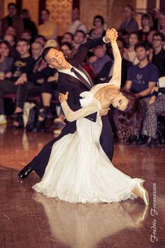 Victor Fung and Anastasia Muravyeva - British Open Professional Ballroom Blackpool May 2017