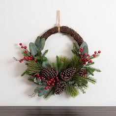 Pine Cone Christmas Decorations, Christmas Pine Cones, Christmas Table Centerpieces, Christmas Greenery, Christmas Arrangements, Yule Decorations, Holiday Wreaths, Half Christmas, Cowboy Christmas