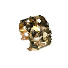 Sibilla G Octavia Gold Camo Fashion Bracelet ($132) ❤ liked on Polyvore featuring jewelry, bracelets, gold, adjustable bangle, gold cuff bangle, handcrafted jewelry, camouflage jewelry and gold cuff jewelry