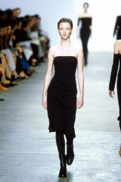 Calvin Klein Collection Fall 1998 Ready-to-Wear Fashion Show - Audrey Marnay